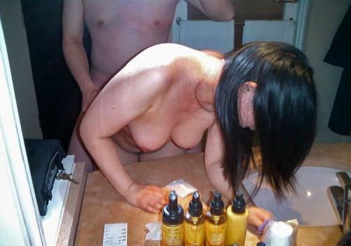 """【鏡ハメ撮り】素人カップルがラブホでやりがちな""""鏡前セックス""""のハメ撮り画像(30枚)・9枚目"""