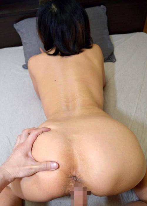 【熟女エロ】人妻との後背位セックス、お尻やお腹の肉の弛みがエロすぎて草wwwwww・36枚目